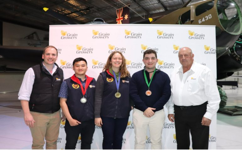 From left to right: GrainGrowers' CEO David McKeon, 2nd place winner Jeremy Prananto, 1st place winner Annie Rayner, 3rd place winner Jono Moore and GrainGrowers' Chairman John Eastburn.