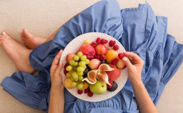 Fruit and veg consumption varies with gender and education